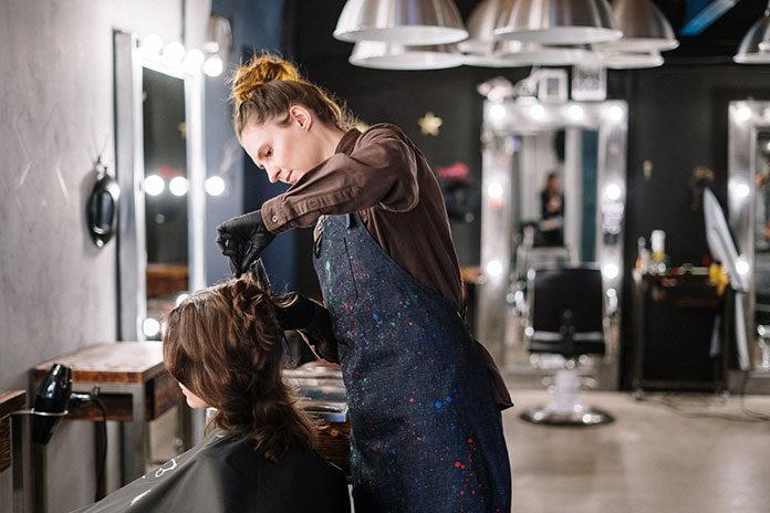 W jaki sposób wybrać salon fryzjerski w Lublinie